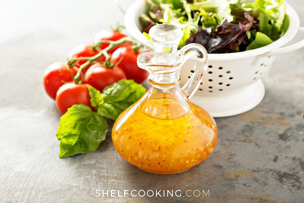 Make your own basic homemade vinaigrette using just 4 ingredients - Tips from ShelfCooking.com