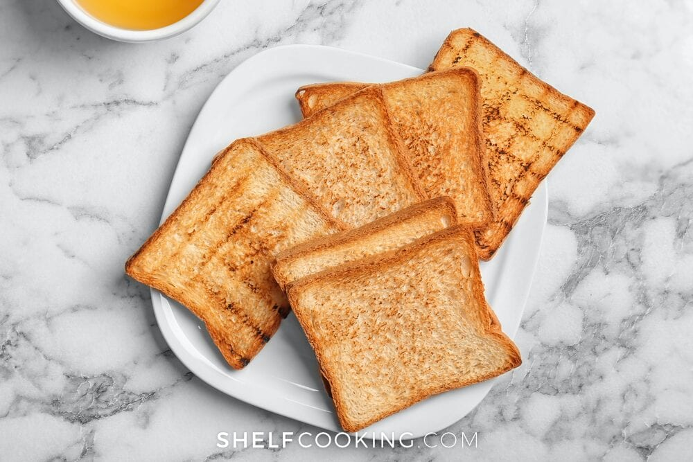 Toast on a plate, from Shelf Cooking