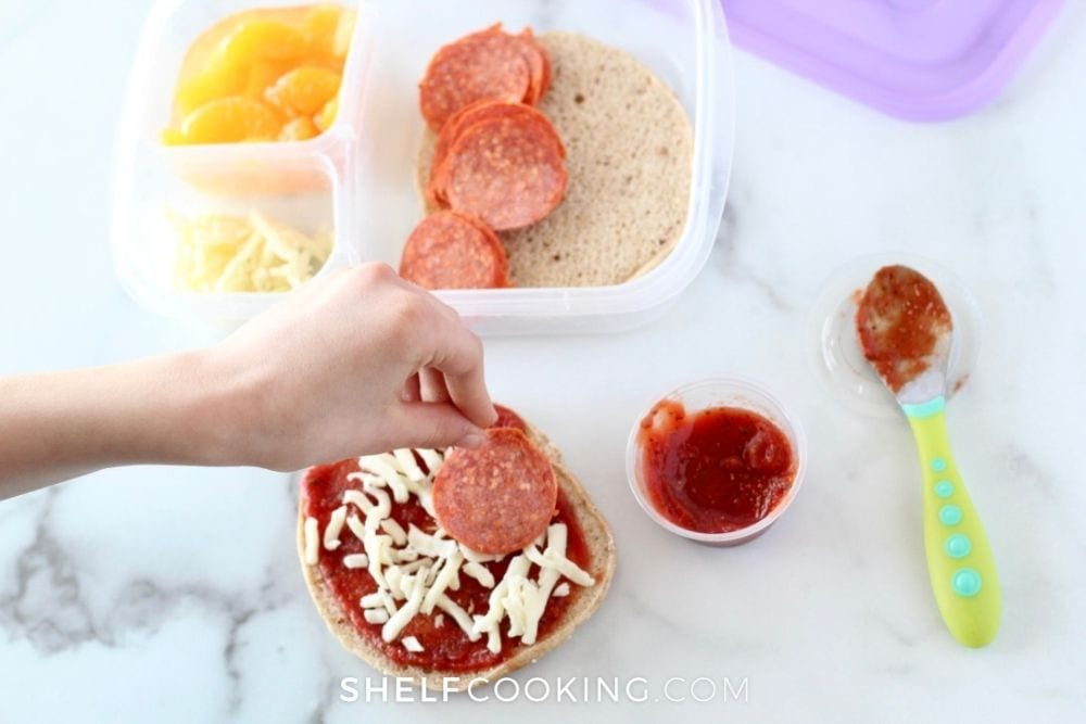 DIY pizza lunchables for toddlers, from Shelf Cooking
